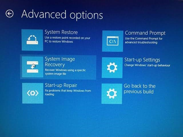 use windows 10 recovery drive 7