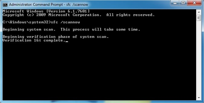 Fix Windows Registry with Sfc /Scannow command in CMD.